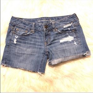 ⭐️3for$25 AEO Distressed Jean Shorts